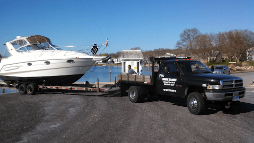 How to find reliable boat hauling companies?